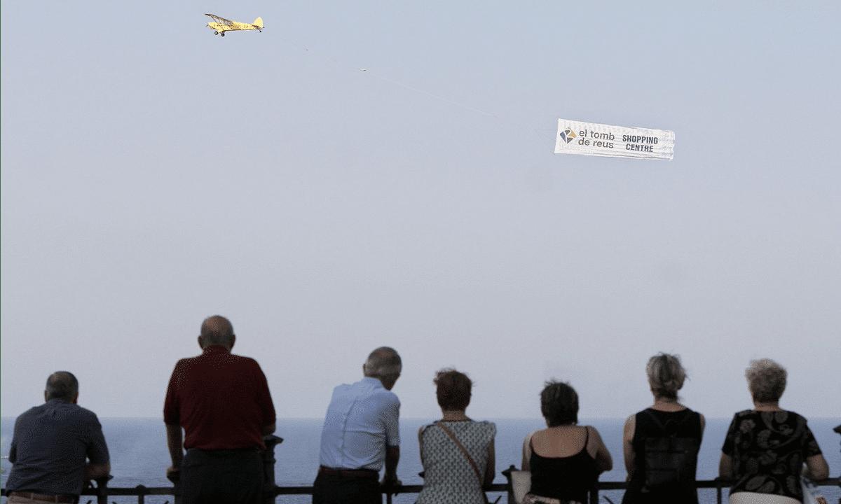 Publicitat aèria